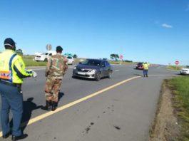 Lockdown: Non-complying motorists hit hard at N2 roadblock, Berlin, EC. Photo: SAPS