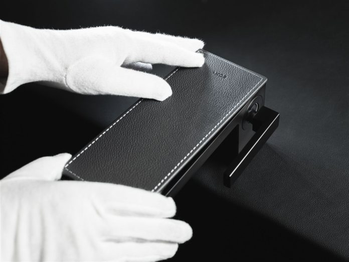 AXOR Places of Origin: Culture of Craftsmanship - Leather: where durability meets tangible design!
