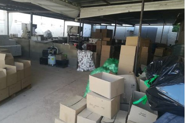 Illegal medicine and drugs manufacturing plant uncovered, Florida. Photo: SAPS