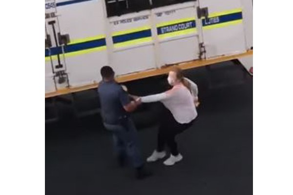Video: Police probe the arrest and manhandling of woman, Strand
