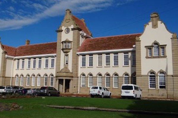 Forced quarantined by the state -19 Grey College learners now released. Photo: AfriForum