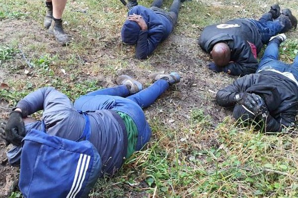 Farm attack averted, tactical operation sees 5 attackers arrested, EL. Photo: Oorgrens Veiligheid