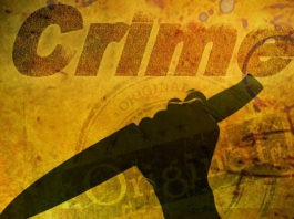 Suspect threatens to slit child's (4) throat during robbery