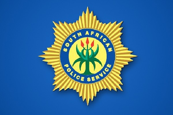 Policeman holds his wife, a police sergeant, and child, hostage, De Aar