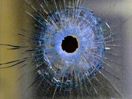 Shootout - Westonaria supermarket armed robbery, 3 arrested