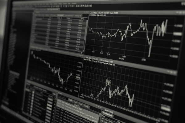 How to Read a Forex Chart's Indicators and Create a Trading Strategy