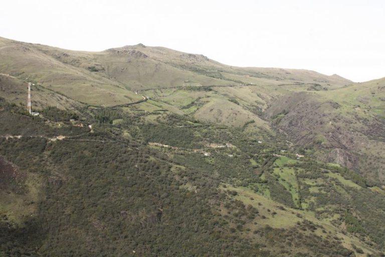 Consulta popular Cuenca. Zona del proyecto Río Blanco en Cuenca. Fotografía de Andrés Bermúdez.