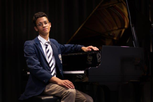 Pianist Qden Blaauw of Reddam House Durbanville takes top spot in Yamaha Scholarship competition
